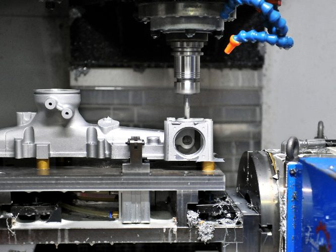 CNC特写-01-1-aspect-ratio-400x300